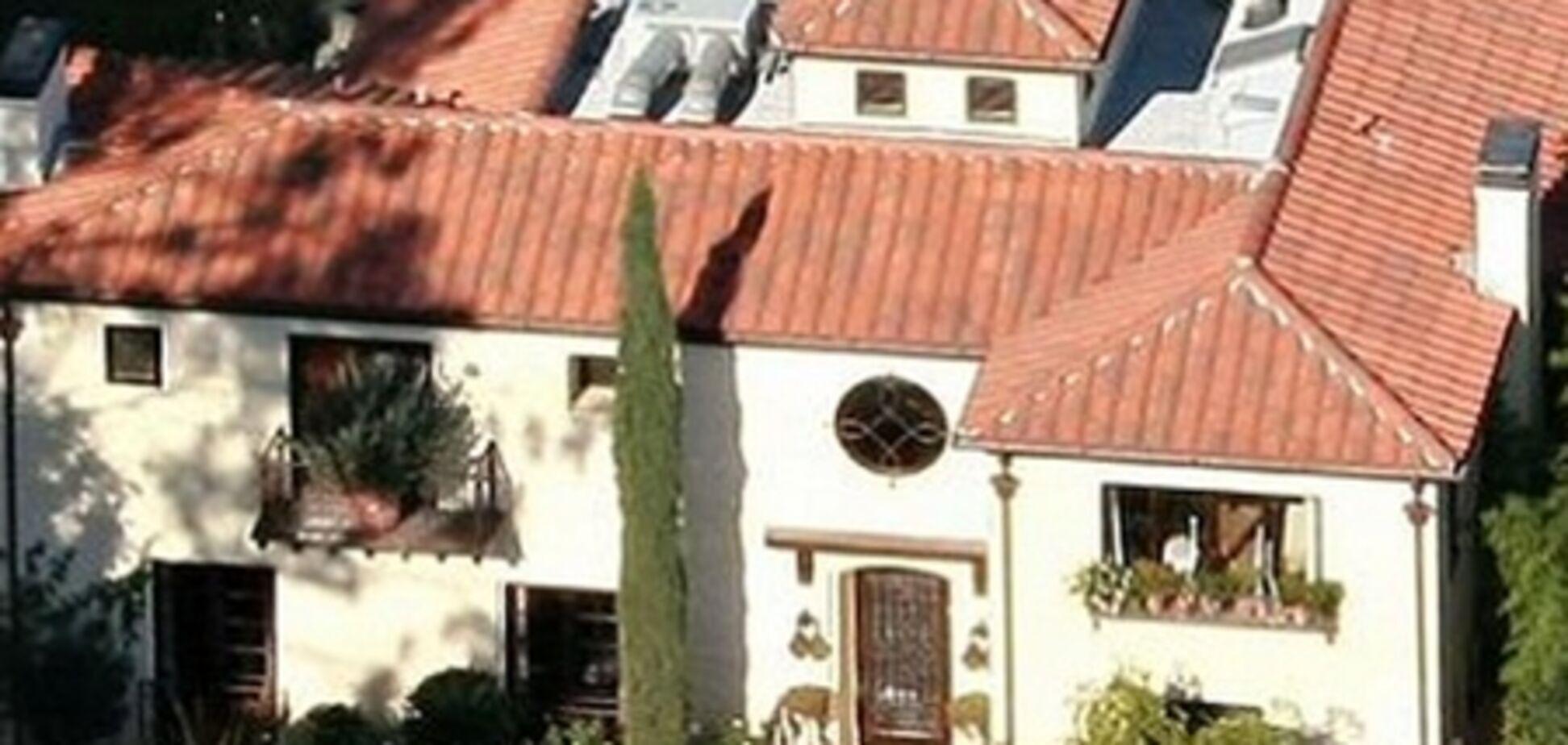 Хэлли Берри продает свой особняк за $15 млн