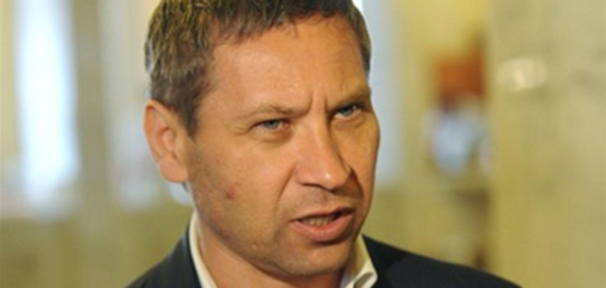 Регионал жалуется, что нардепам не хватает денег на встречи с избирателями