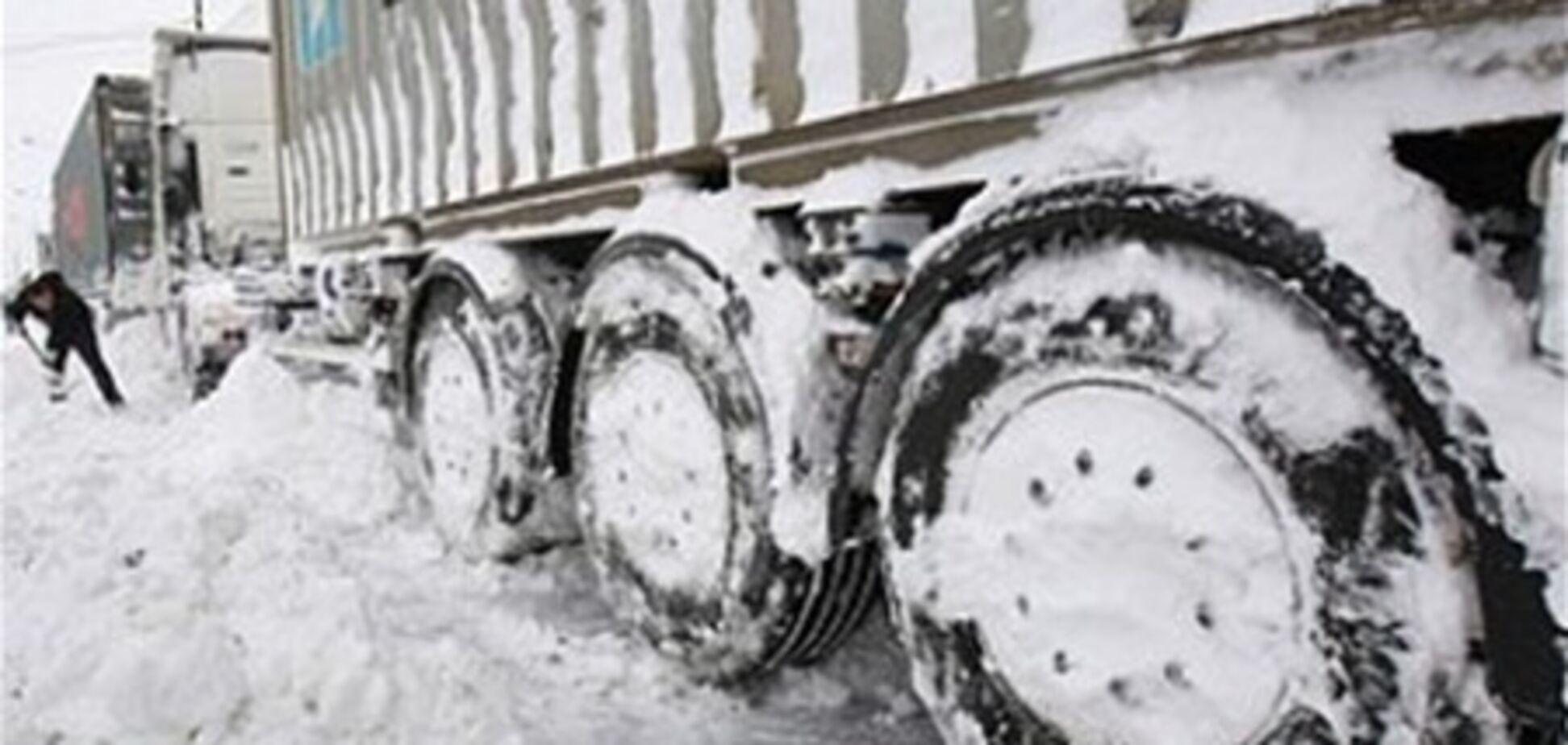 Затор на Львівщині ліквідовано, але деякі села ще заблоковані заметами