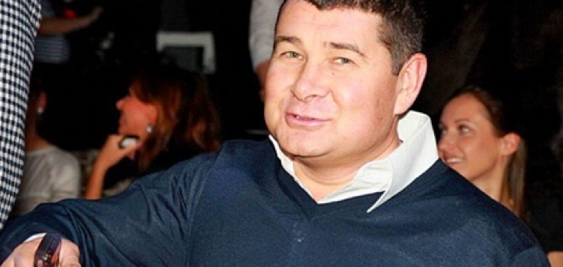 Депутата-новичка Онищенко научили давить на кнопки