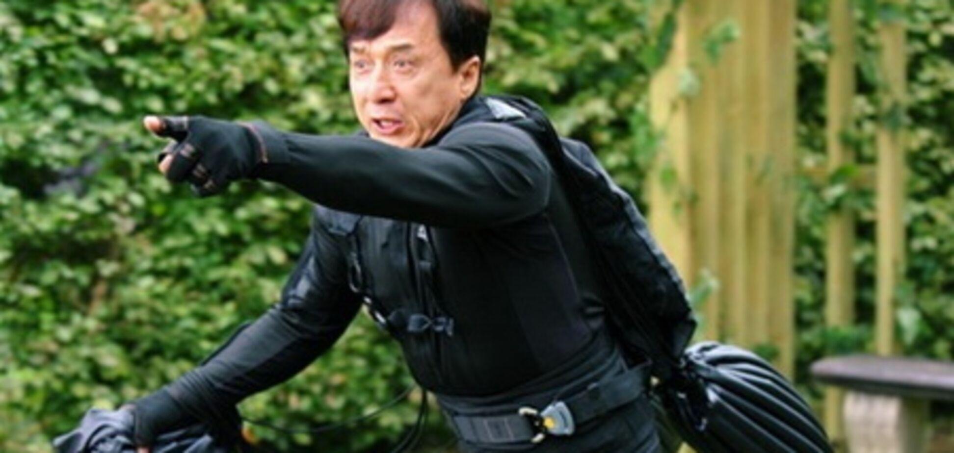 Джеки Чан записался в 'Неудержимые 3'?