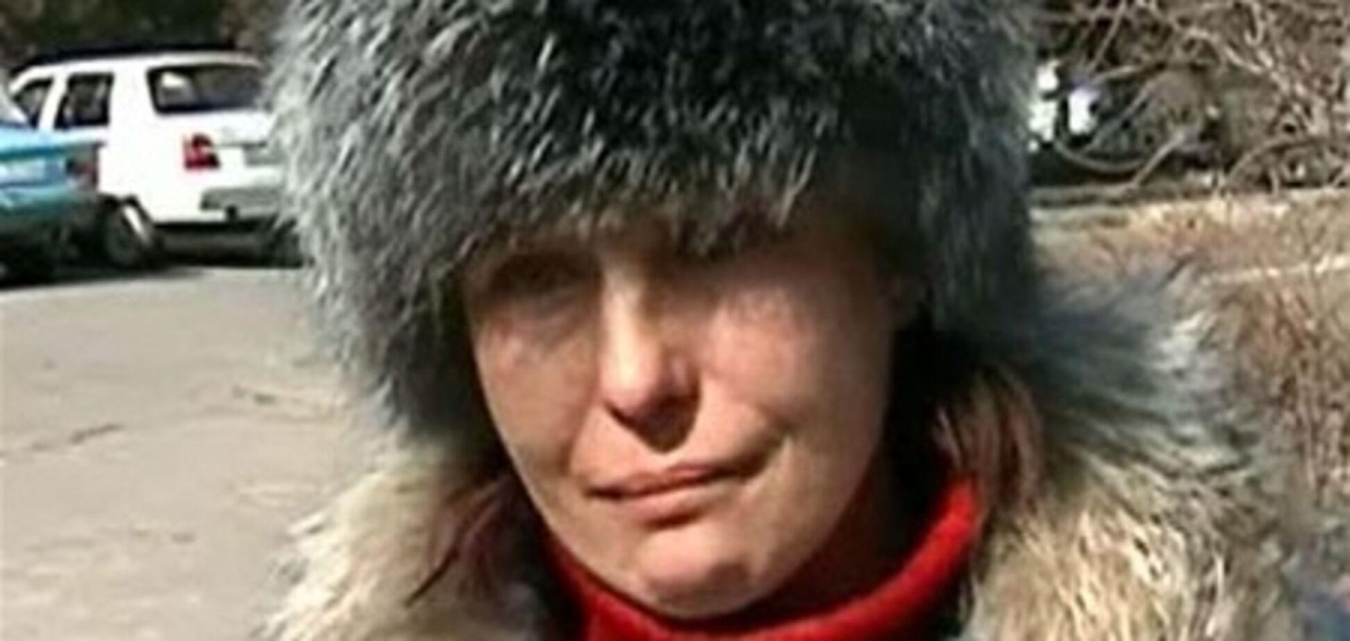 Мати Оксани Макар поки не є підозрюваною у сутенерстві