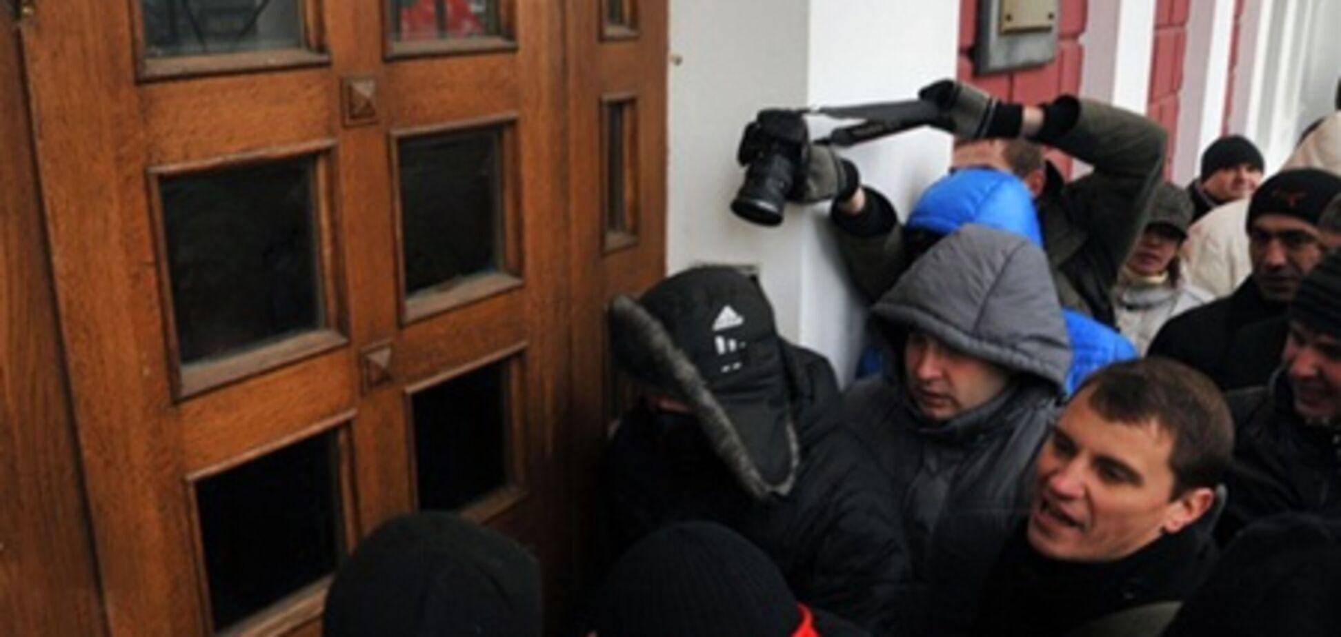 Прокуратура взяла на контроль розслідування штурму мерії Одеси