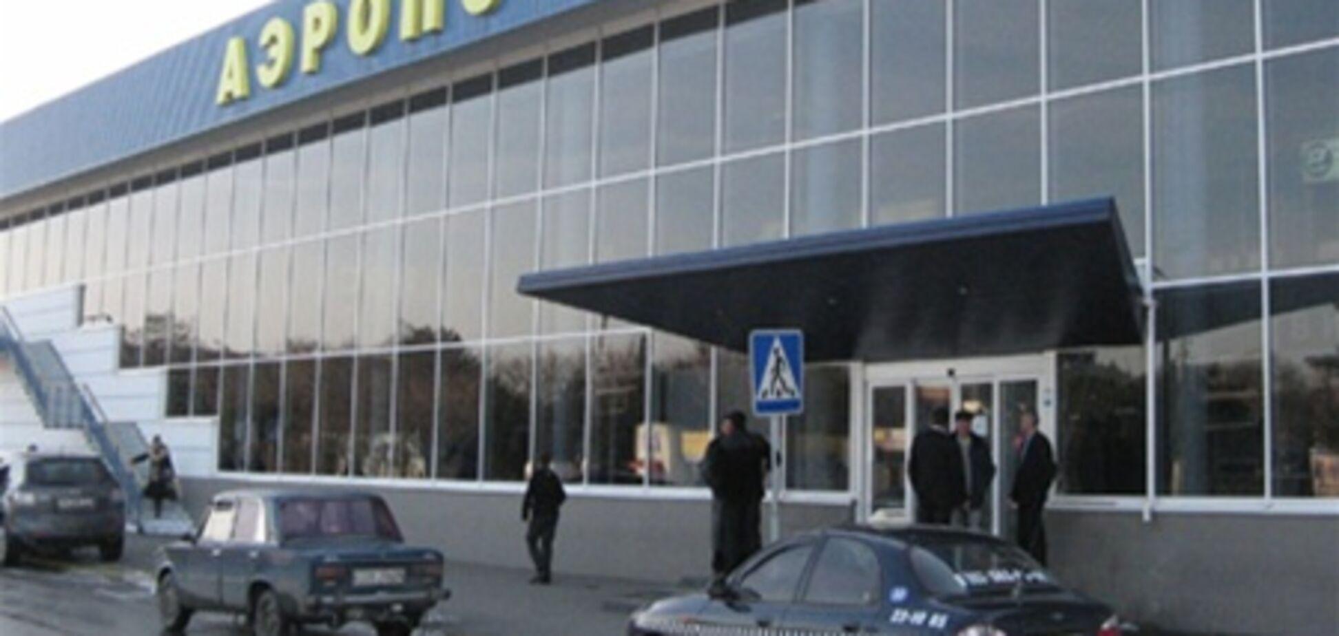 У Сімферополі через негоду другий день закрито аеропорт