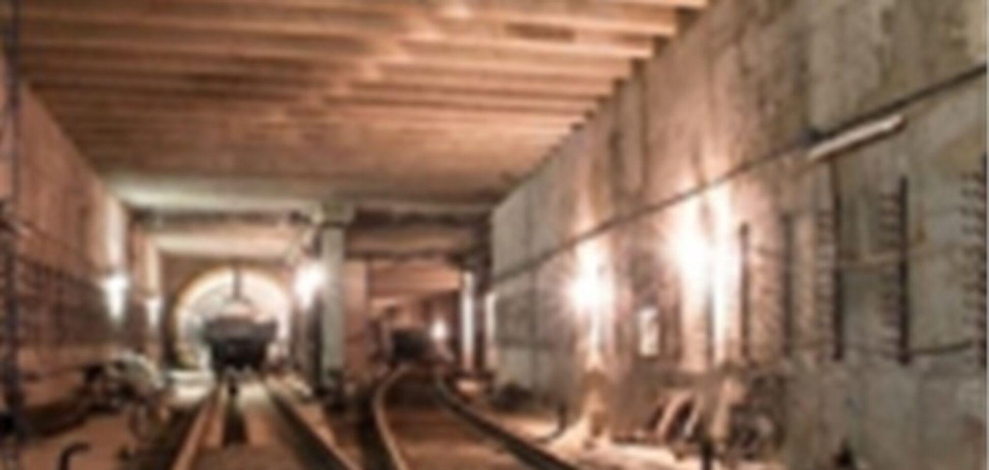 Станцию метро 'Теремки' обещают достроить вовремя