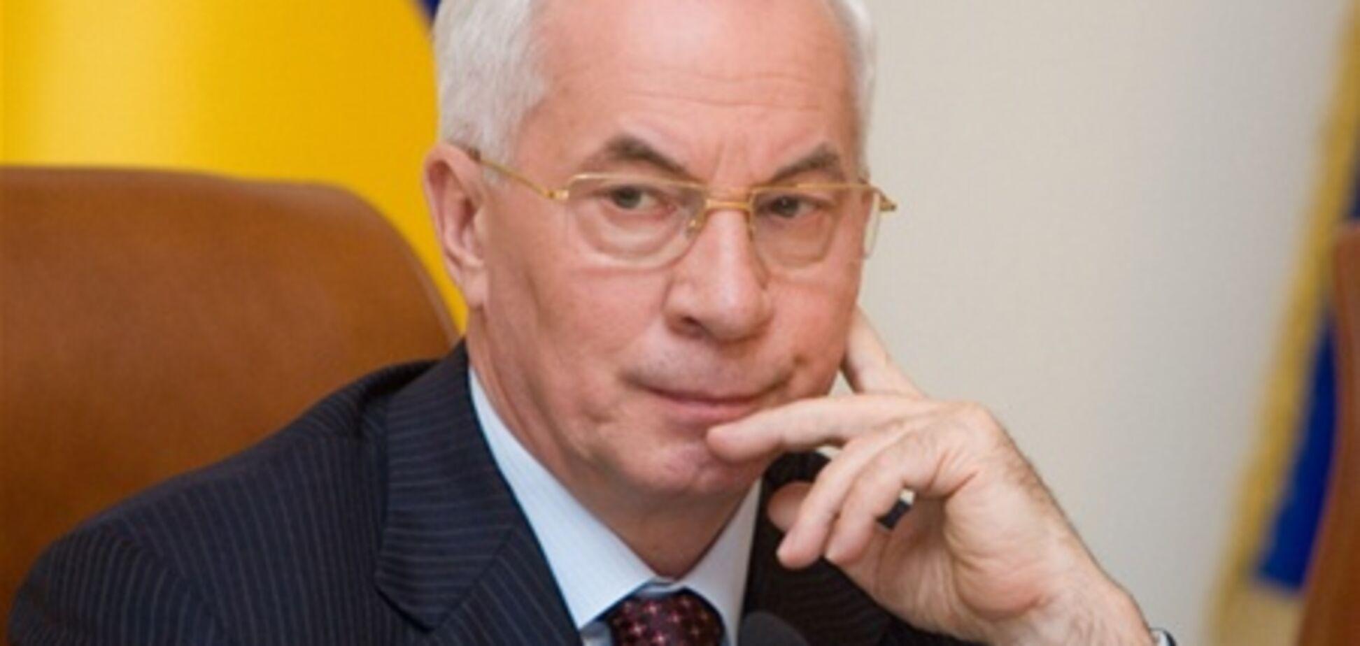 Азаров: Кабмін - команда з втілення політики Януковича