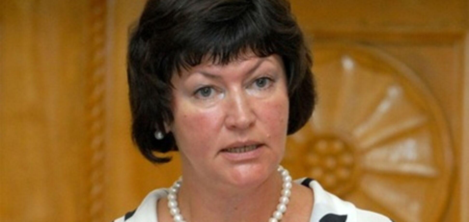 Акимова отказалась от мандата народного депутата - СМИ