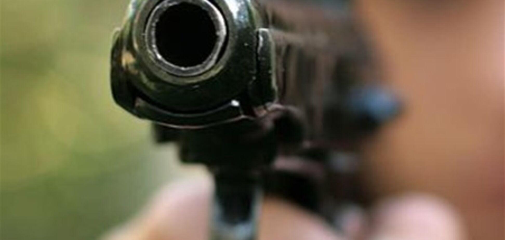 У нічному клубі Маріуполя влаштували стрілянину: загинула людина