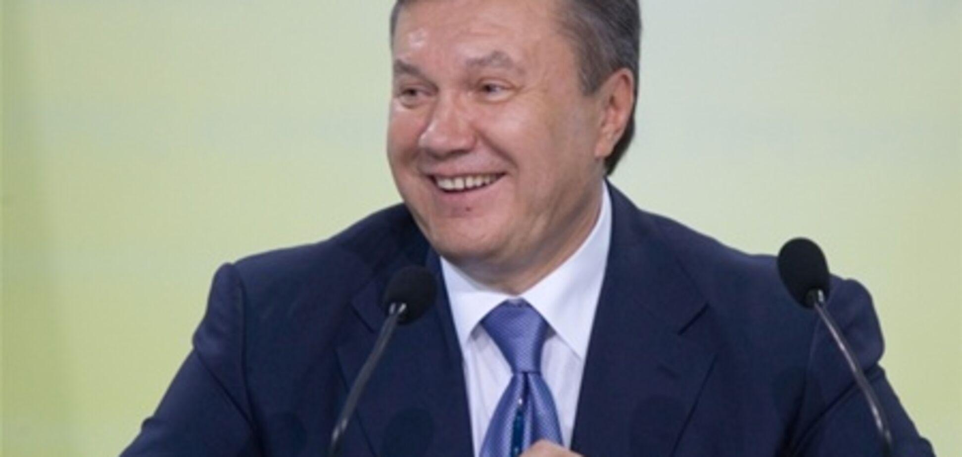 Переможниця 'Євробачення' подарувала Януковичу ляльку