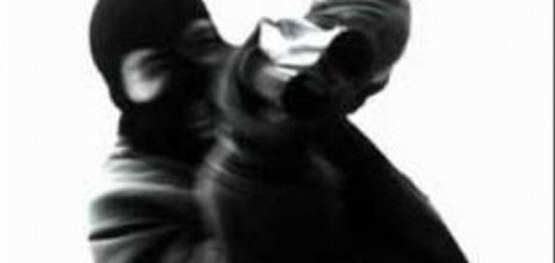 Підпал фабрики на Луганщині скоїли невідомі в масках
