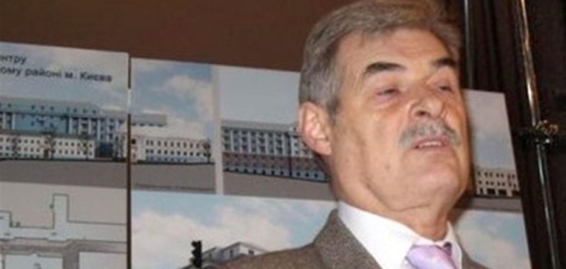 Целовальник уверяет, что проект реконструкции ЦУМа в глаза не видел