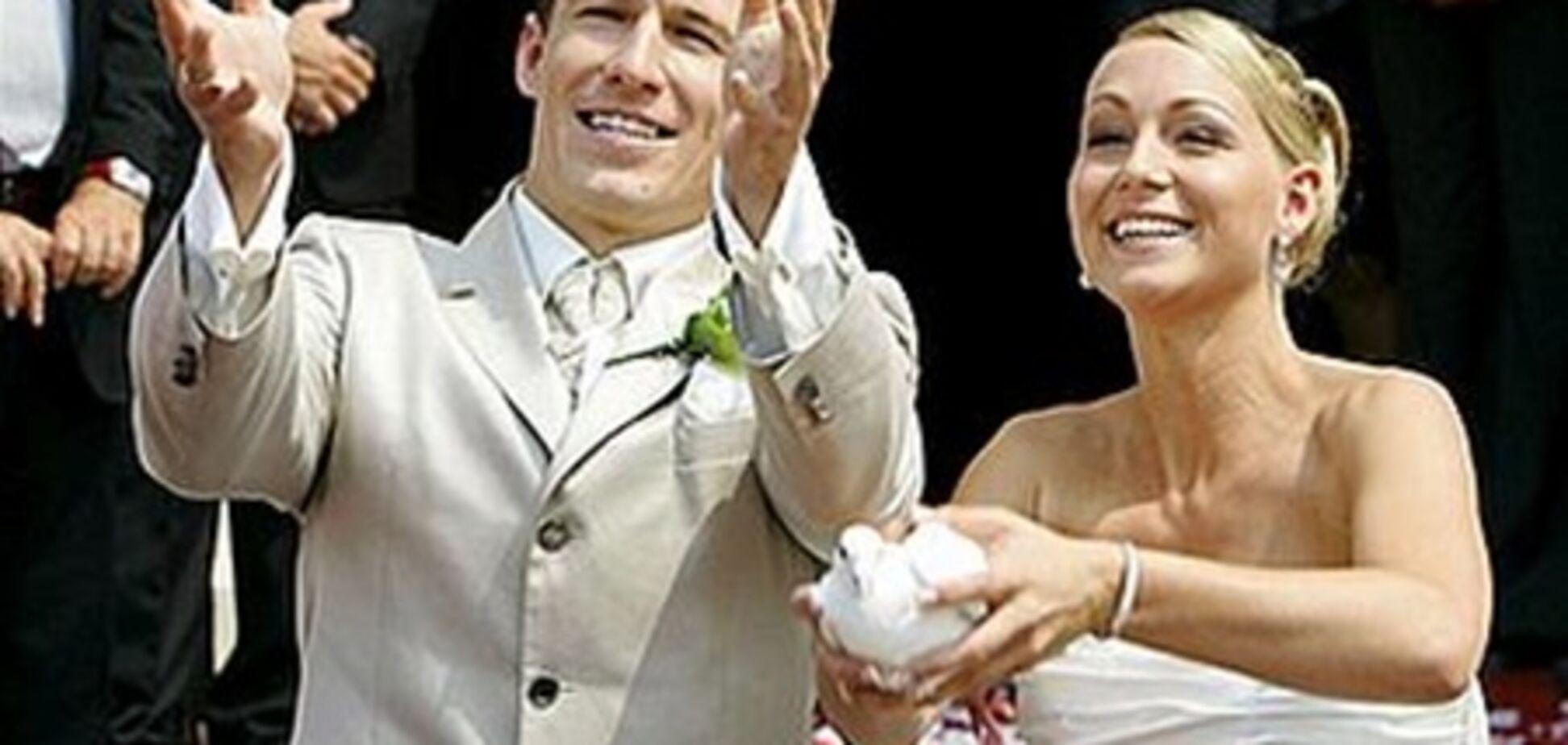 'Жёны футболистов': супруги Роббена и Рибери