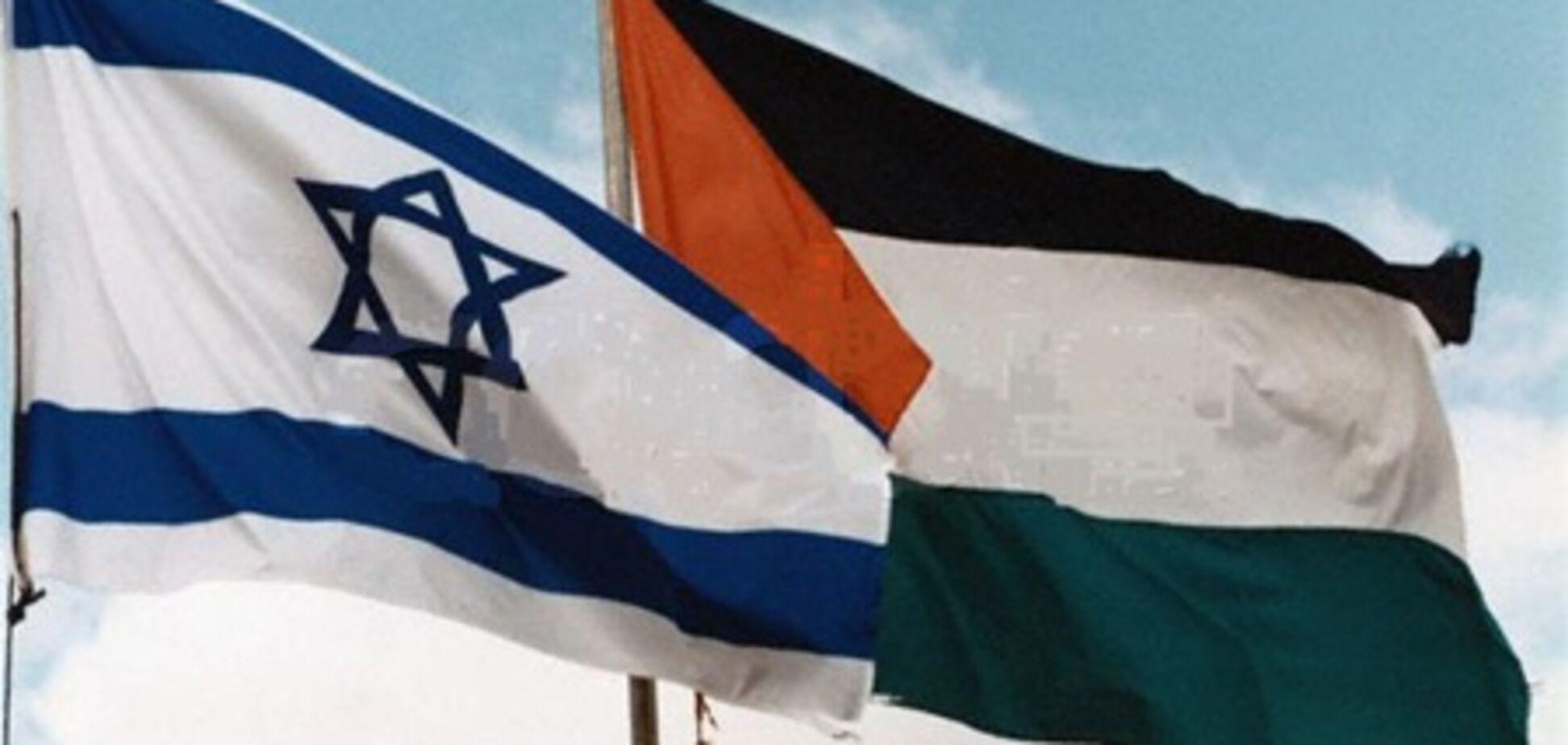 Хаменеи просит ХАМАС не идти на компромисс с Израилем