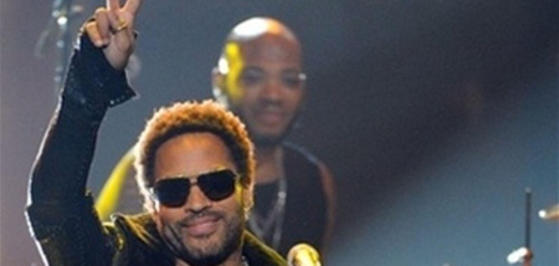 Звезды прибыли на NAACP Image Awards-2012. Фото