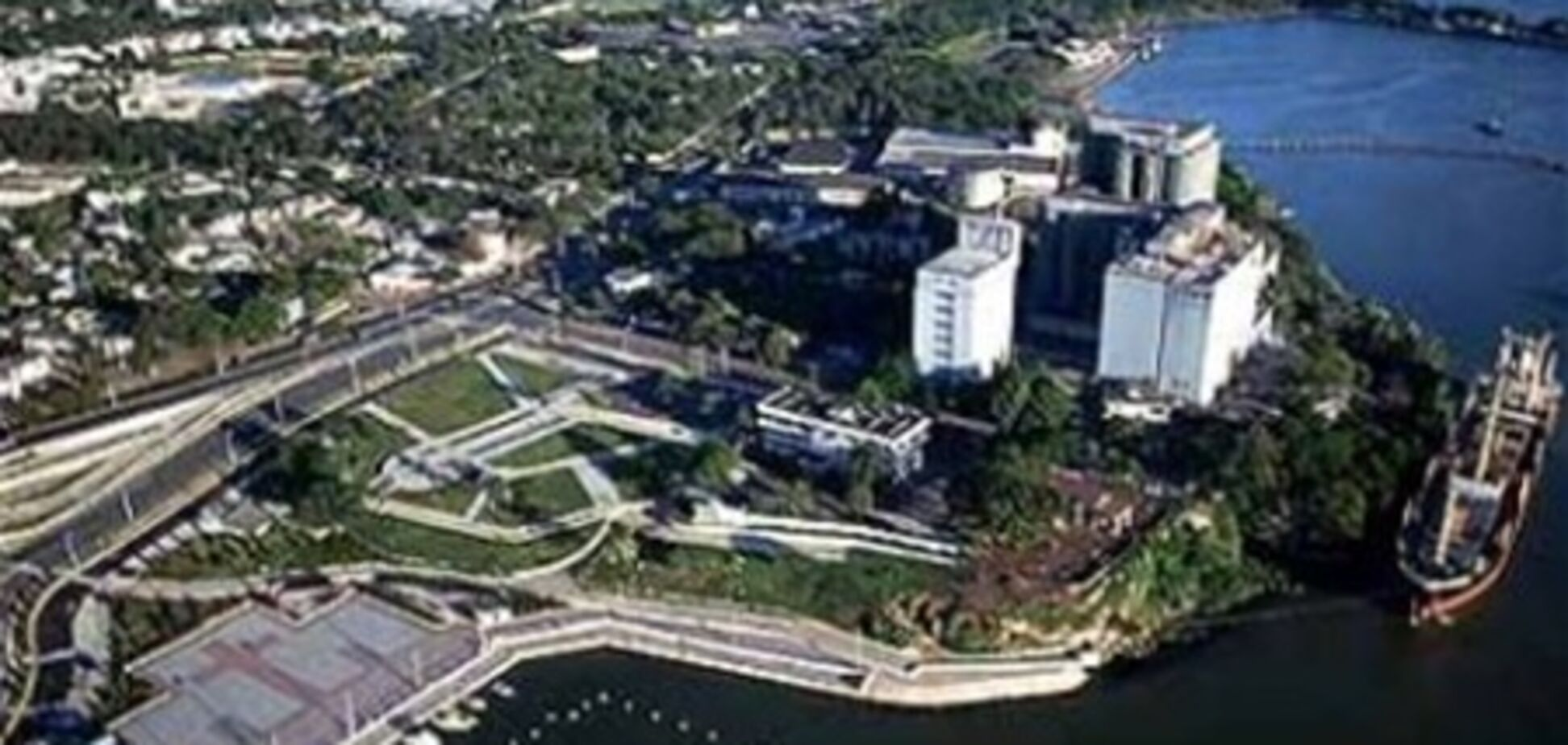 За 1-комнатную квартиру в Киеве можно купить остров в Канаде