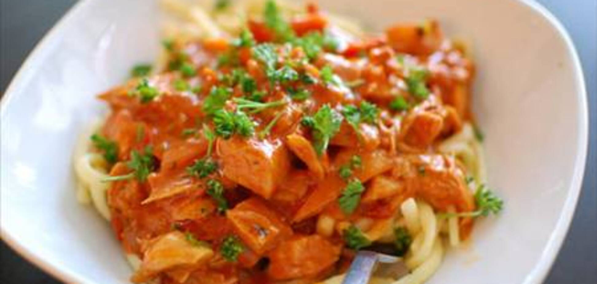 Паприкаш: белое мясо по-венгерски