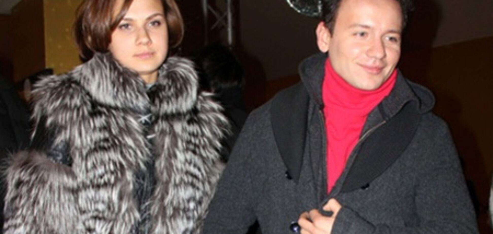 Олешко застукали с новой возлюбленной