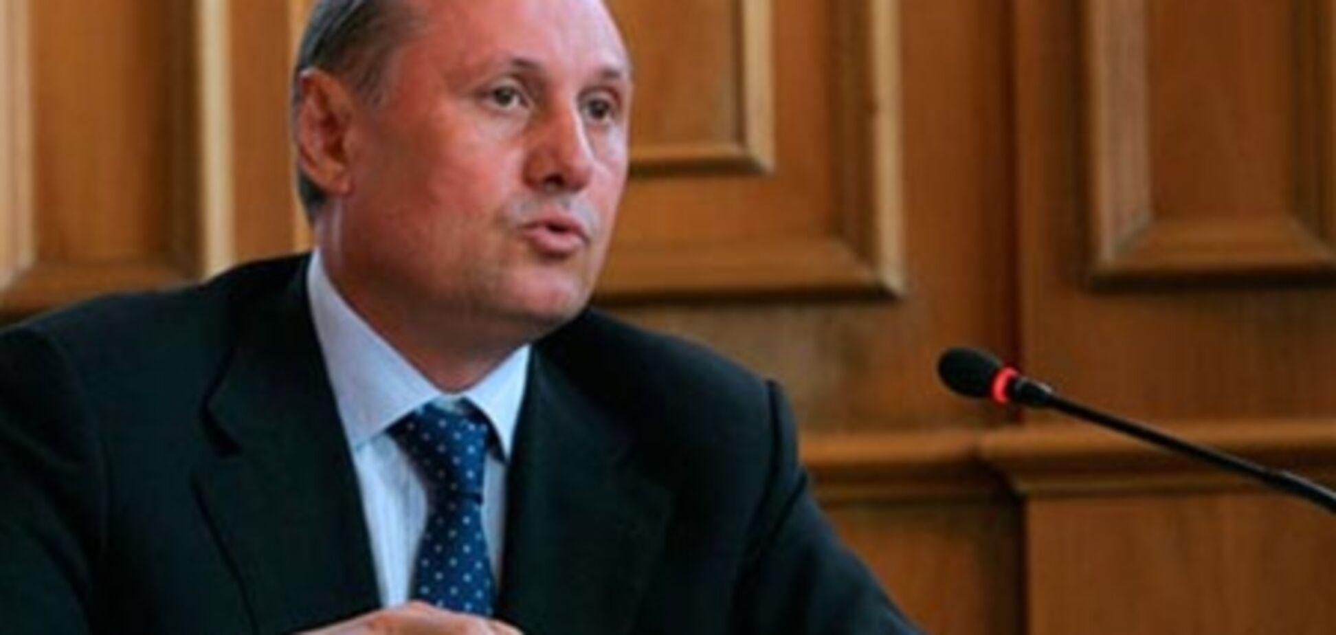 Ефремов объяснил, почему Ежеля отправили в отставку