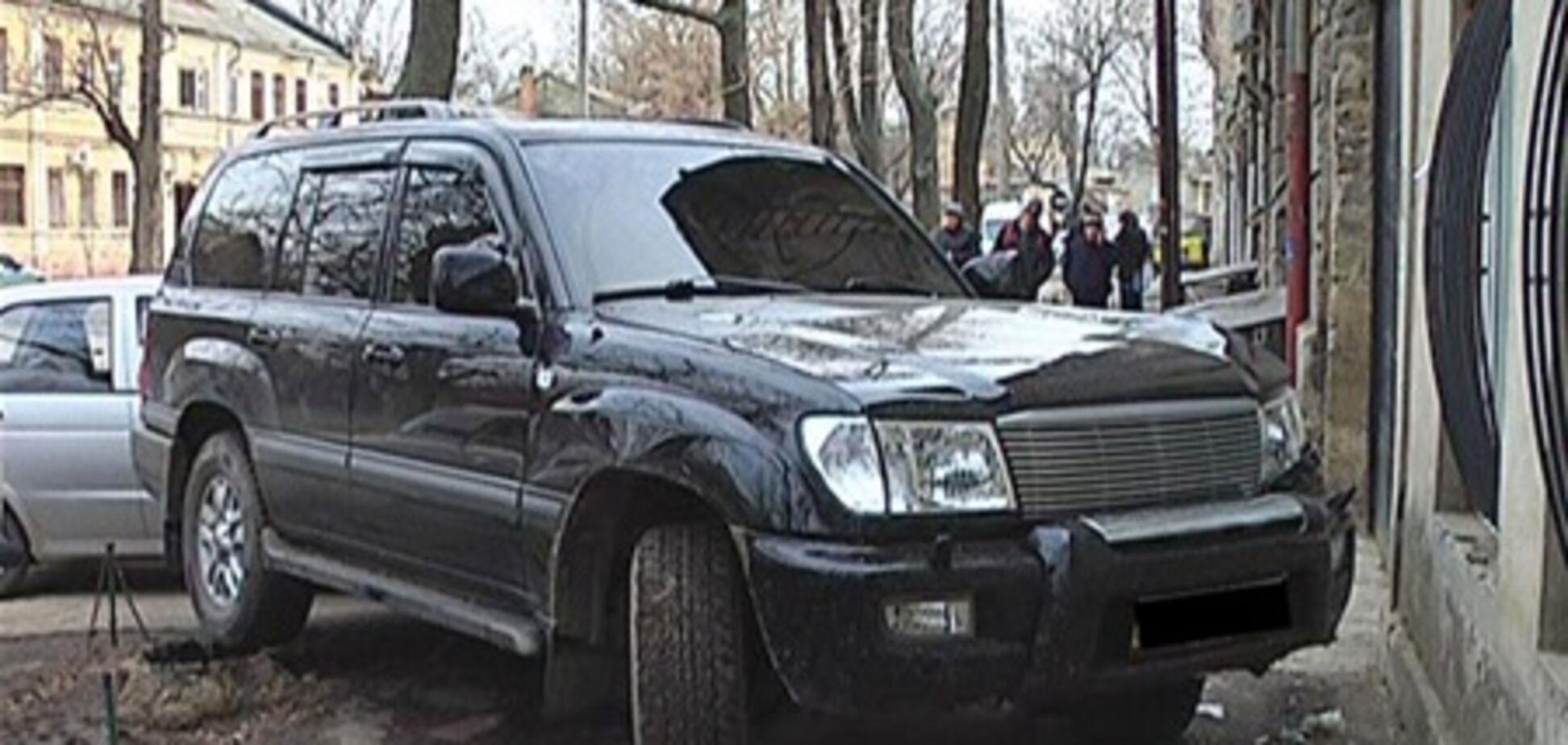 Одессит, совершивший ДТП, не является сотрудником прокуратуры