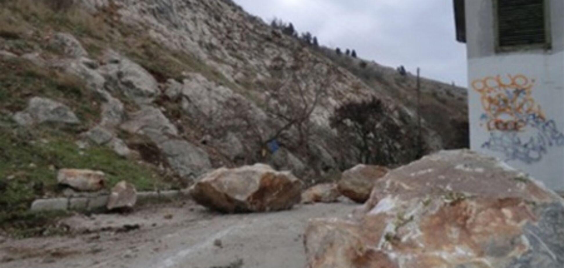 В Балаклаве обвалилась гора