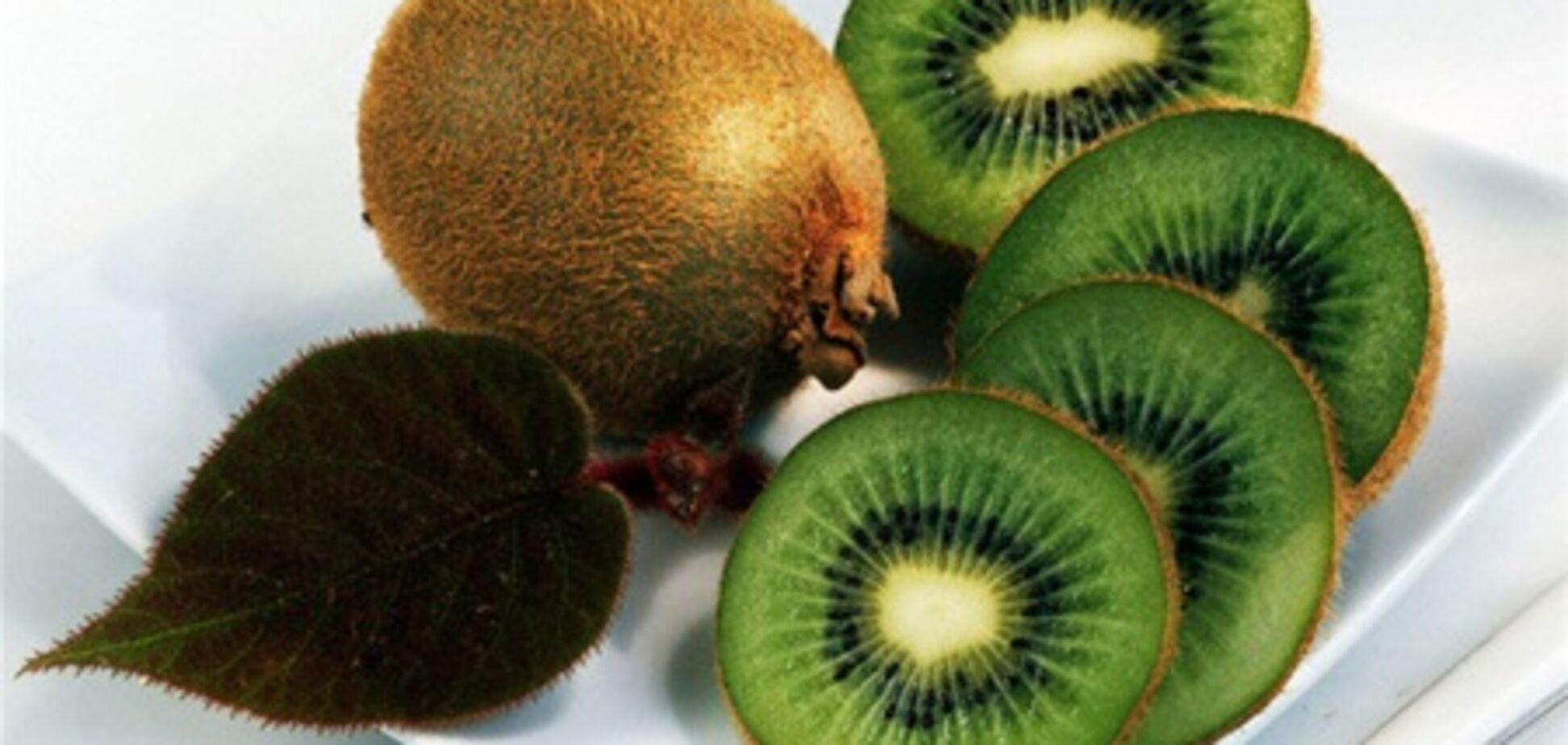 Назван фрукт, который спасет сердца курильщиков