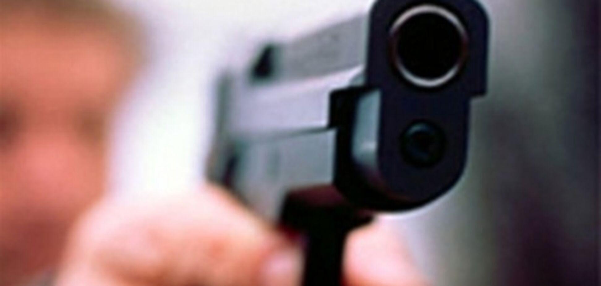 Вооруженное ограбление ювелирки: неизвестные унесли 500 тыс. грн. Фото