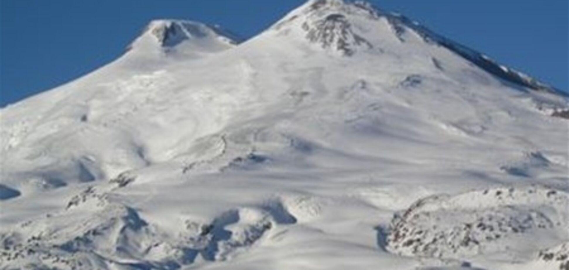 У третьего альпиниста, пропавшего на Эльбрусе, шансов выжить почти нет