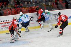 Плей-офф ВХЛ. 'Донбасс' уступил 'Торосу' во втором домашнем матче