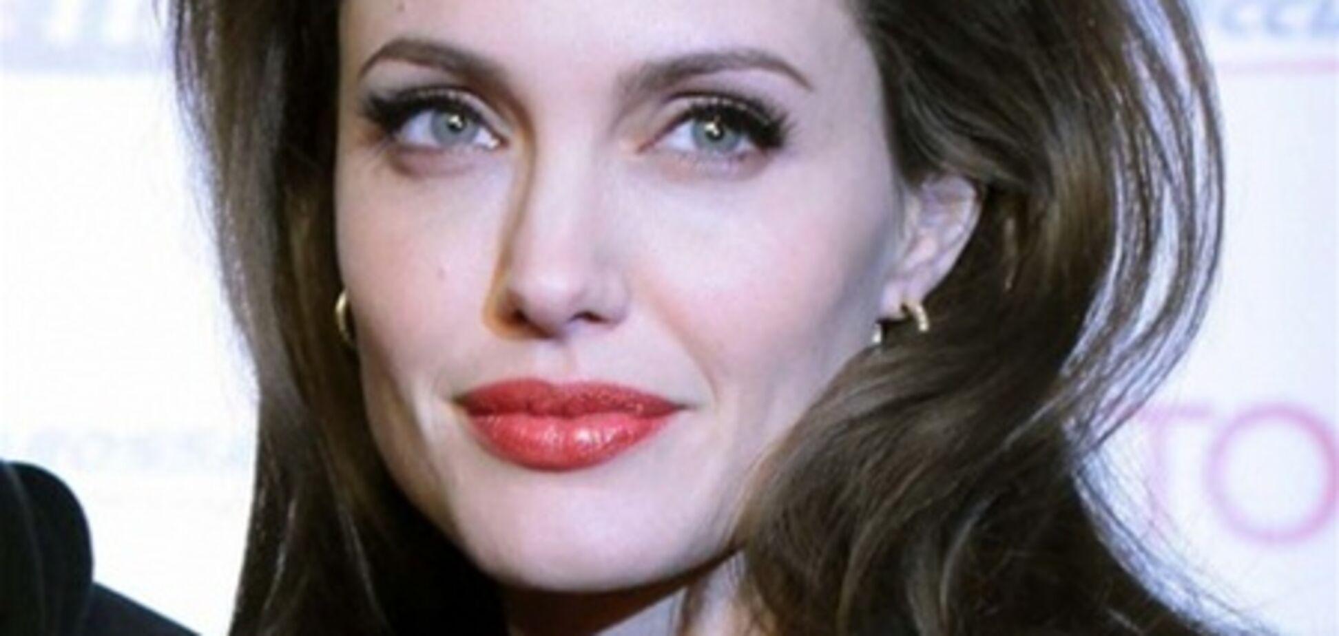 Ридли Скотт зовет к себе Анджелину Джоли