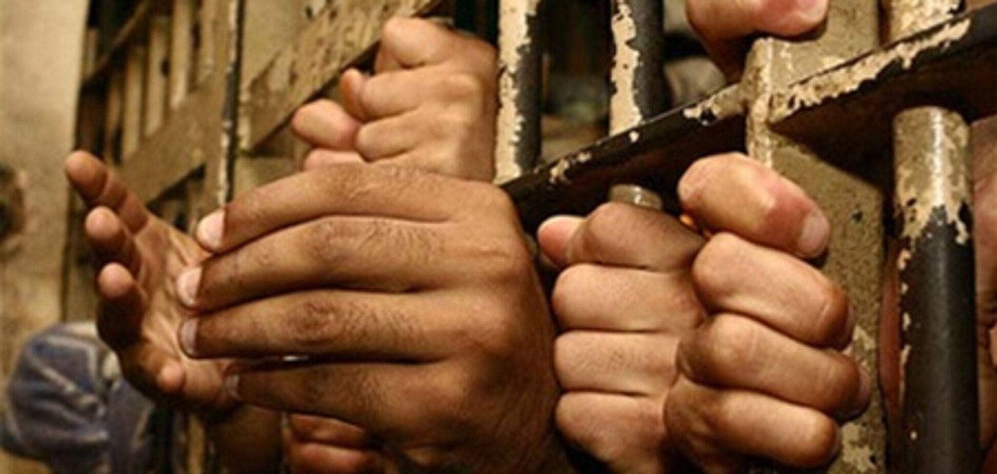 Прокуратура вивчає інформацію про порушення в Єнакіївської колонії