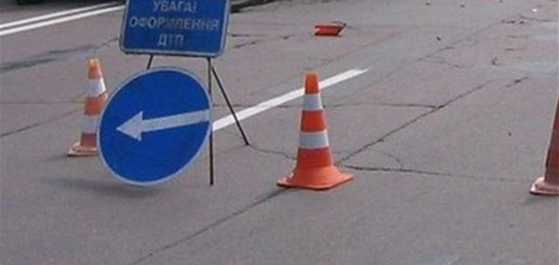Четыре человека погибли при столкновении автомобилей в Запорожской области