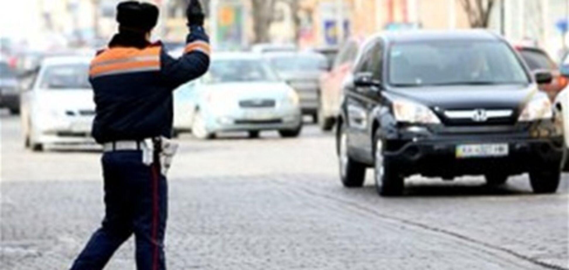 Одессит на Porsche Cayenne напал с ножом на инспектора ГАИ