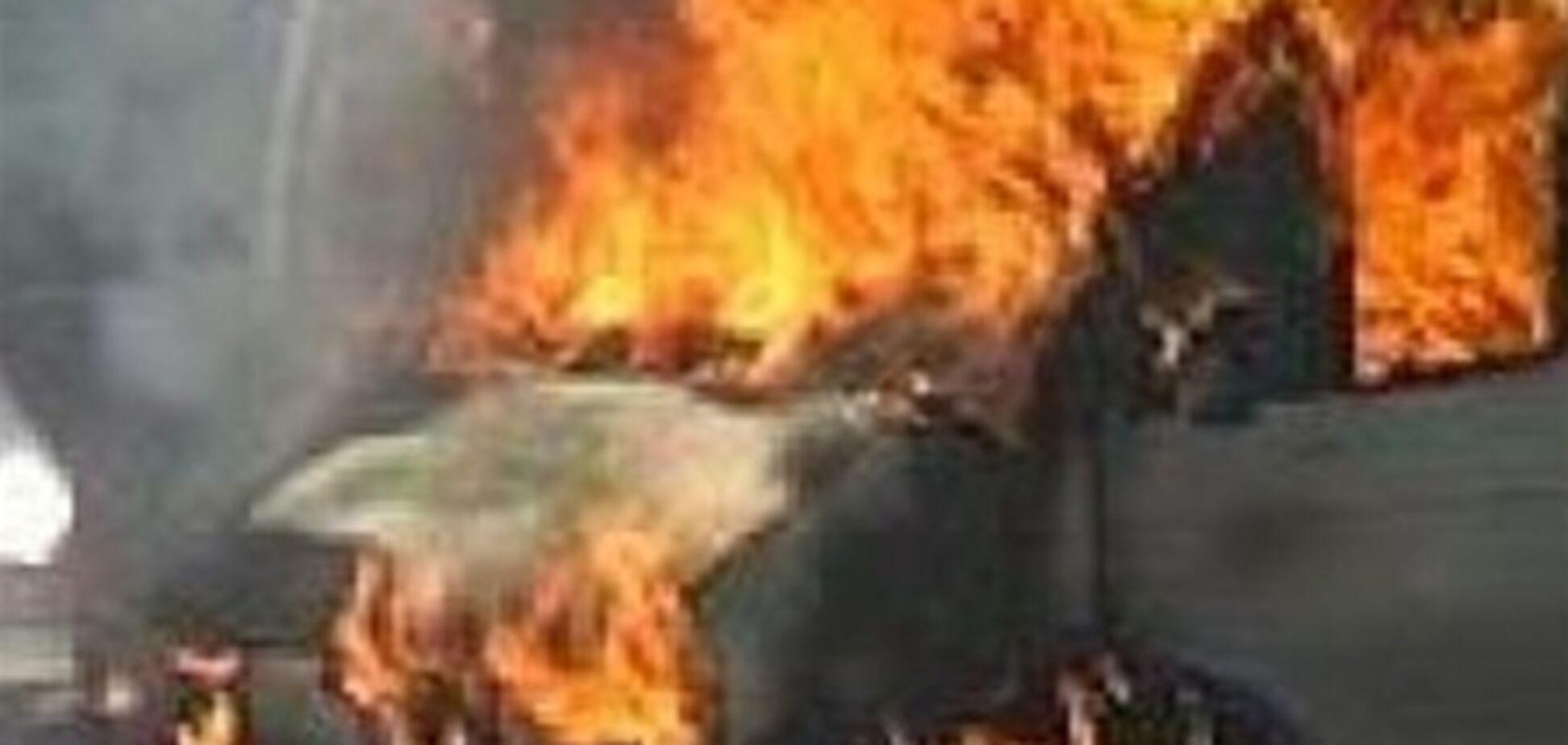 В Черкасской области горел микроавтобус с медикаментами