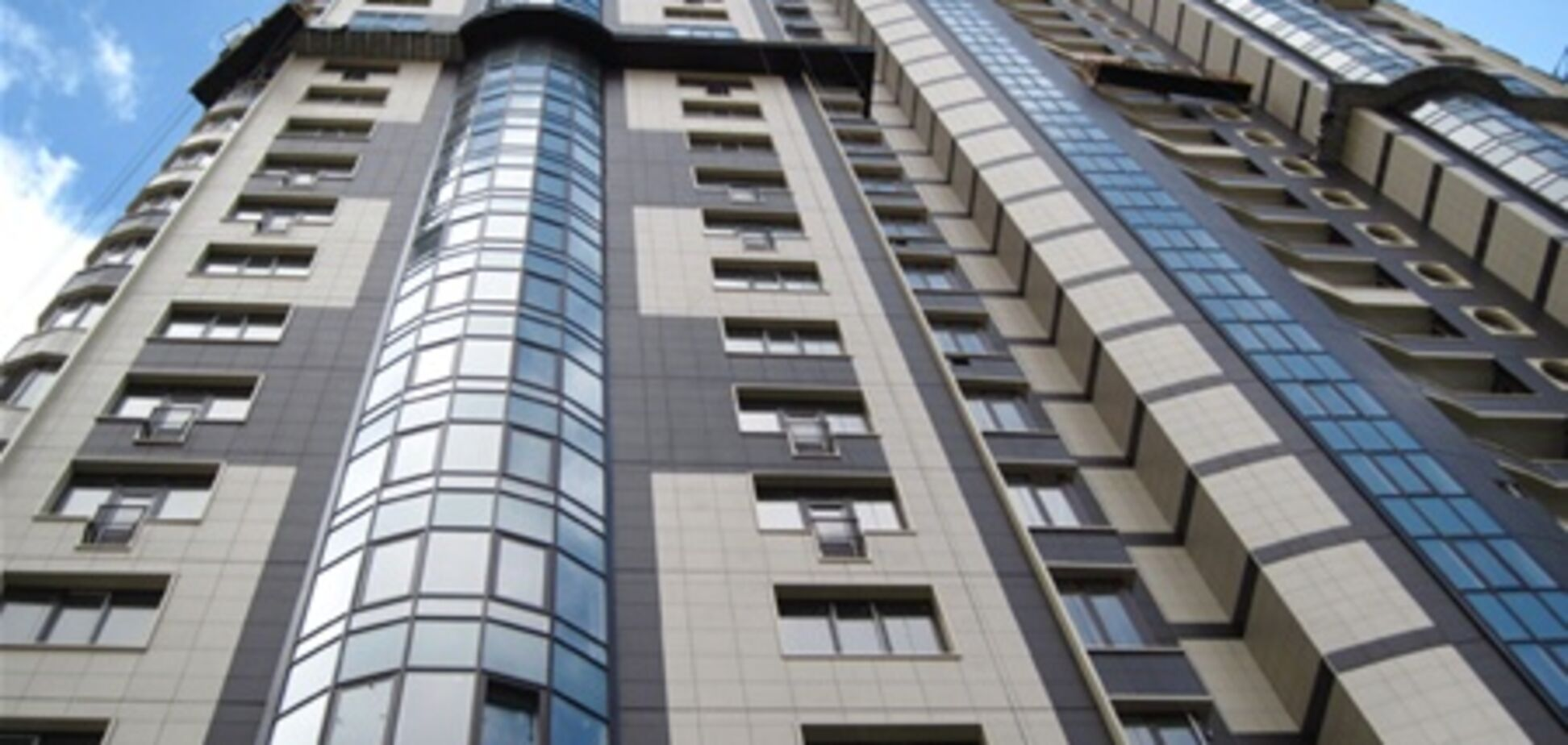 В  центре Киева появилась новая престижная высотка