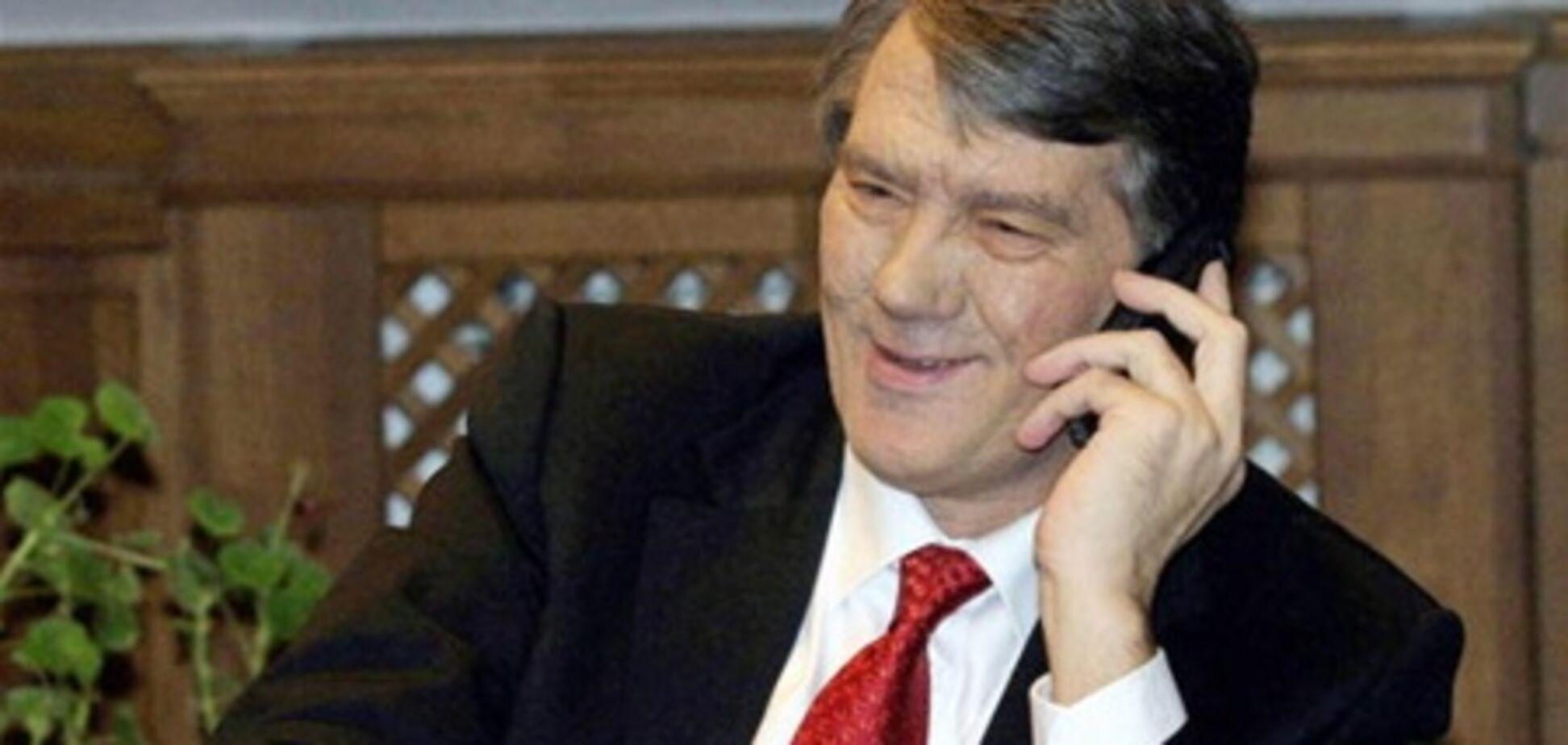 Ющенко ездит на чужом Mercedes