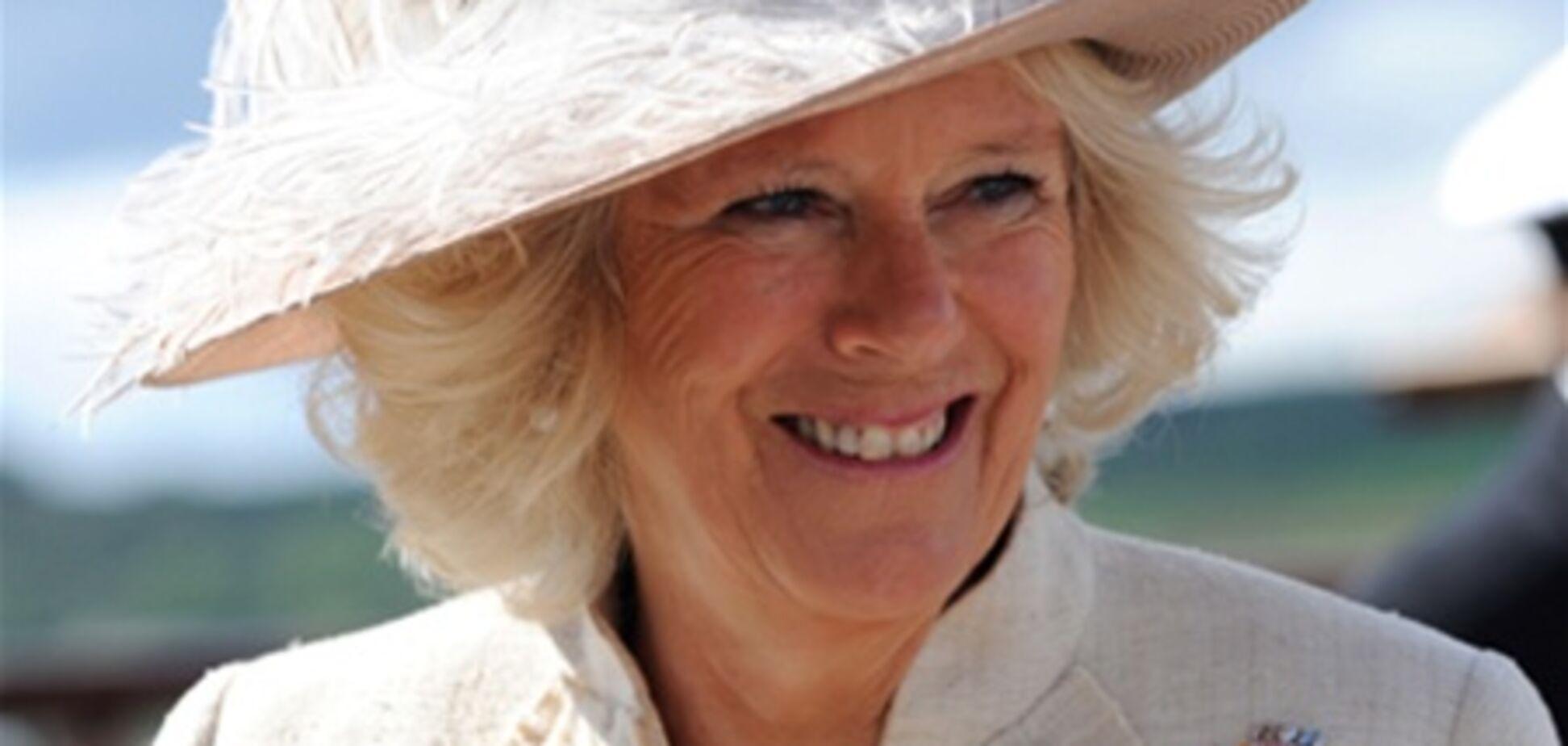 Елизавета II одарила невестку титулом 'дама'