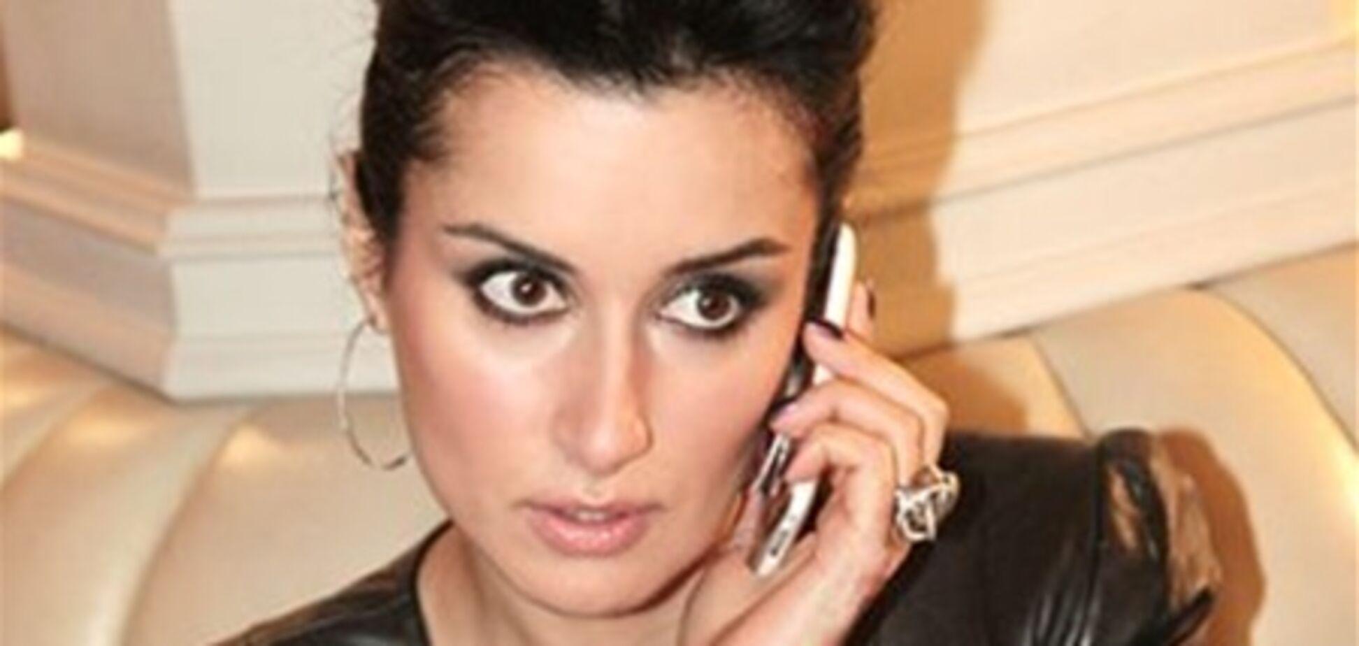 Тіну Канделакі переслідують телефонні хулігани