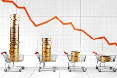 Инфляция снижается. Экономика засыпает?