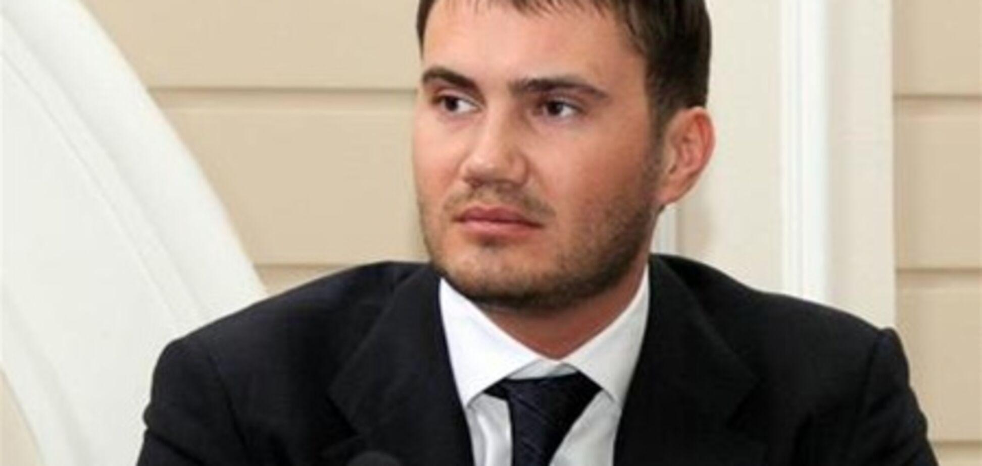 Янукович: работать только, чтобы забраться повыше, мне не интересно
