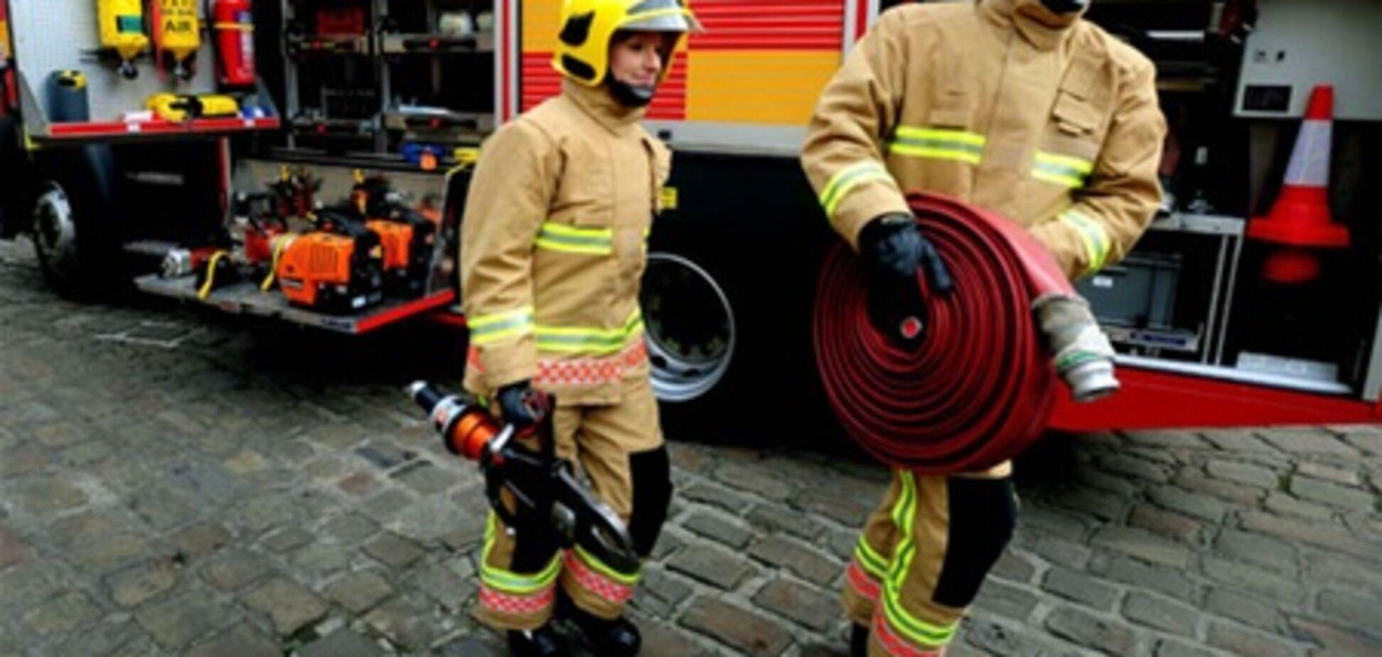 Пожежник зламав ногу, рятуючи золоту рибку