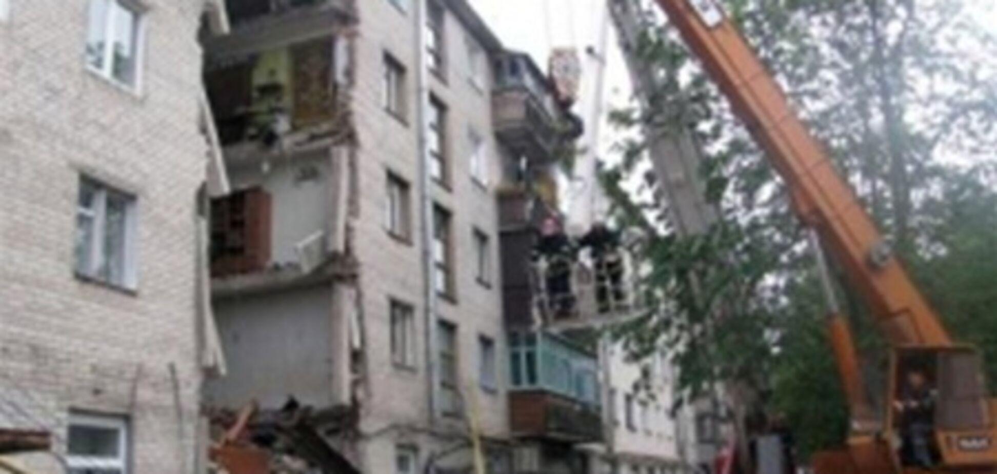 В Луцке рухнул 5-этажный дом. Добавлено фото и видео