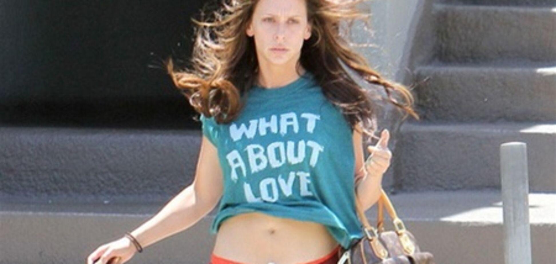 Дженнифер Лав Хьюитт в спортивных штанах, без косметики: папарацци в шоке