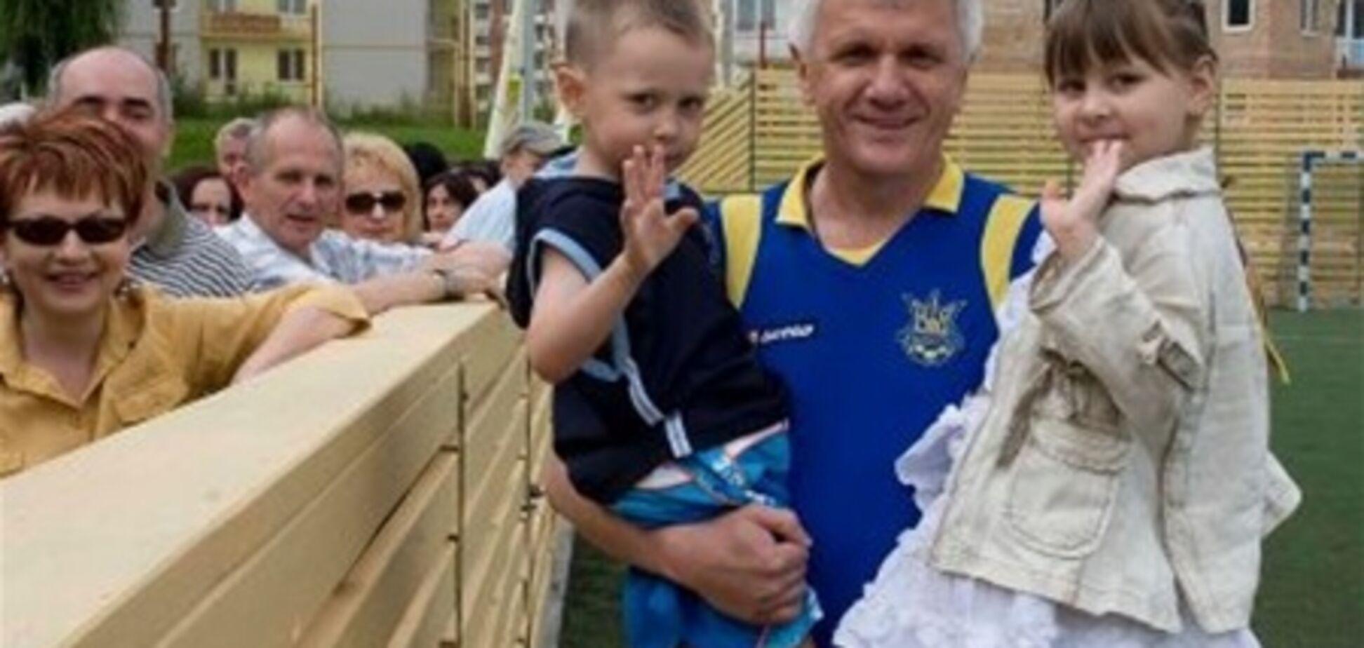 Литвин хворіє не тільки за Україну