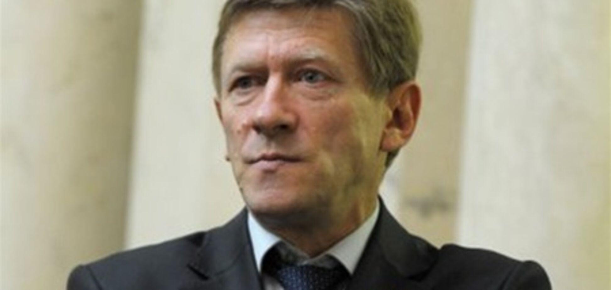 Забзалюку не сподобалася критика Азарова в бік Тимошенко