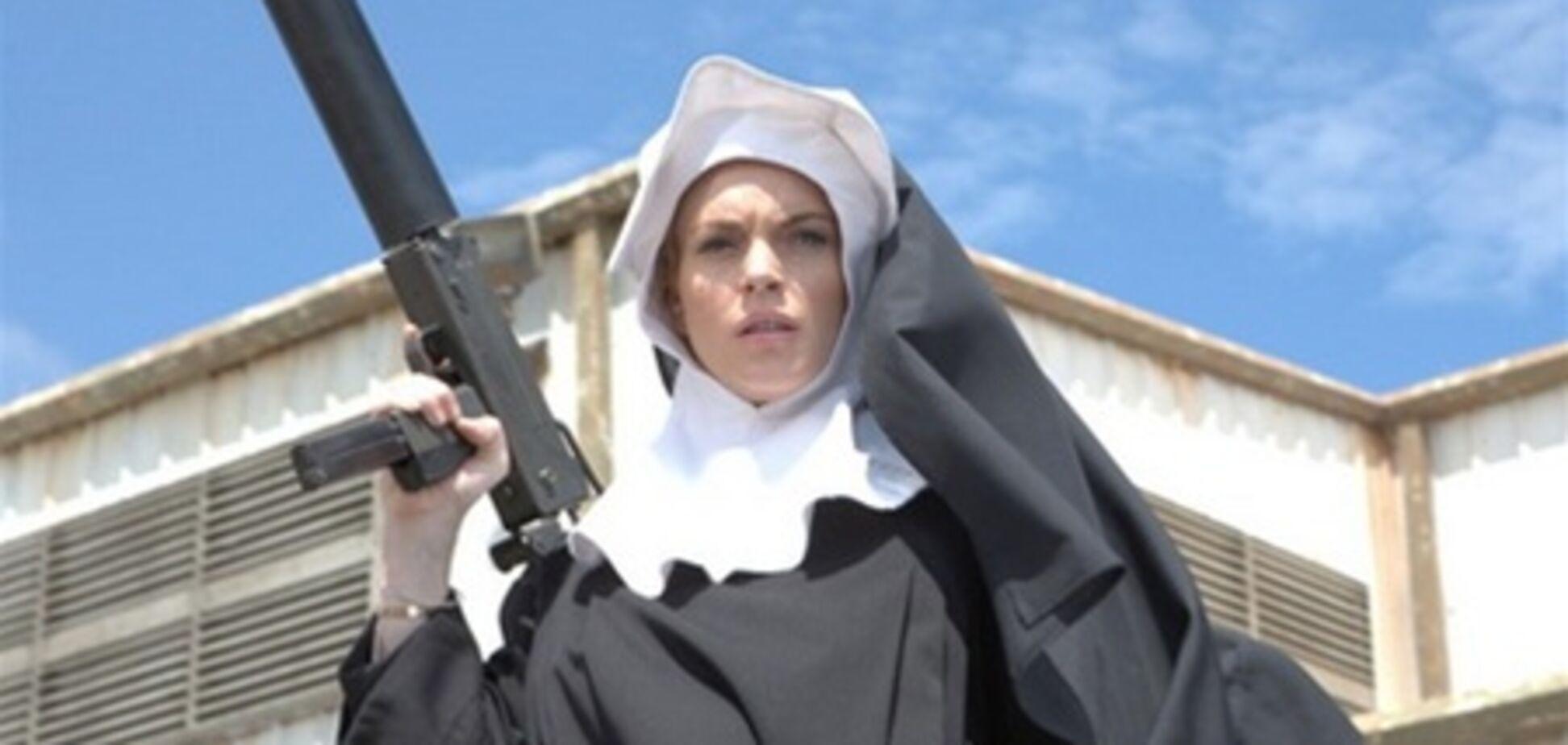 Линдсей Лохан попадет в 'Очень страшное кино'?