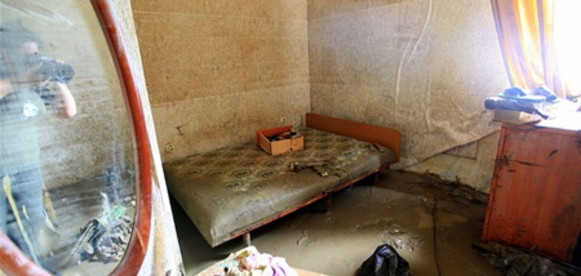 С жителей затопленного Крымска сбивают деньги за 'гуманитарку'