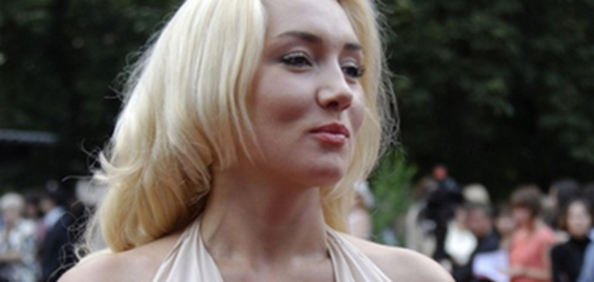 Розинская снова схлестнулась с 'Коброй'