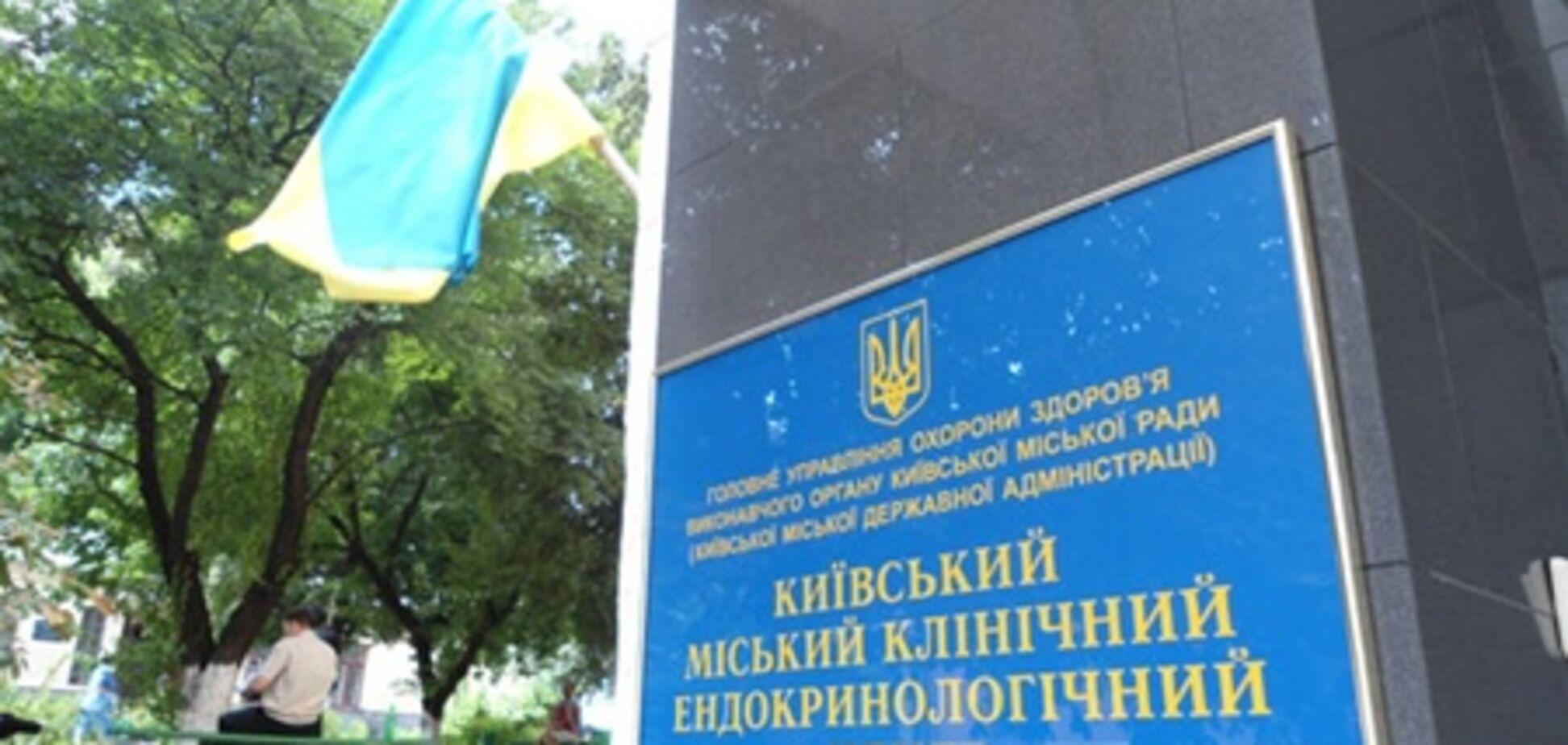 При падении лифта в Киеве пострадала пациентка