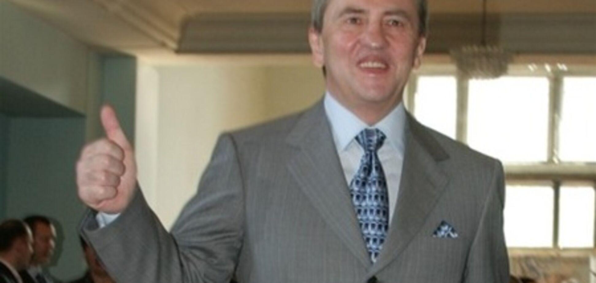 Черновецкий отсудил у домработницы 20 тыс.грн