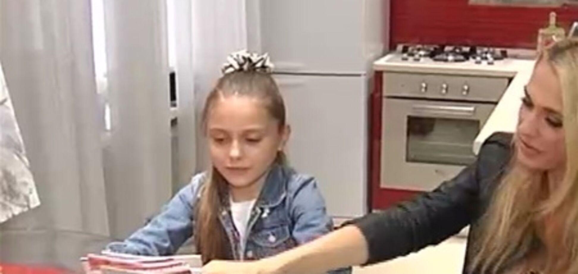Дочь Сумской зачитает стих Януковичу